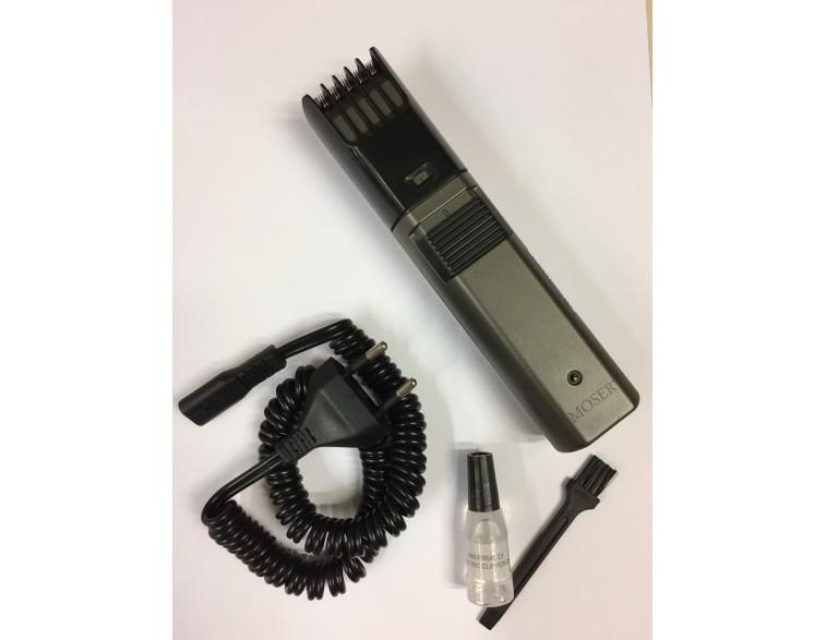 Máquina de cortar barba y retoques Moser recargable Classic A Titan