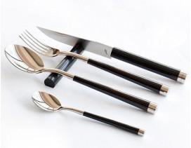 Juego-cubiertos-mesa-MICHEL-BRAS-KAI