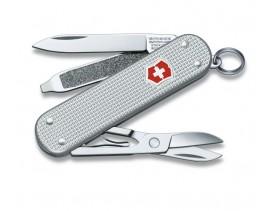 Navaja-Victorinox-llavero-3-usos-Classic-aluminio-estriado