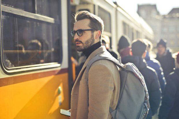 productos-para-el-afeitado-clasico-imprescindibles-en-tu-maleta
