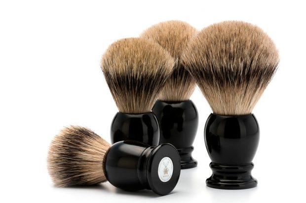 como-limpiar-una-brocha-de-afeitar