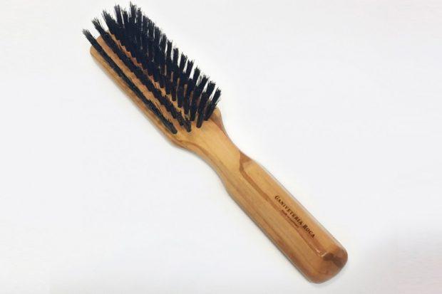 Como-limpiar-un-cepillo-de-cerdas-de-jabali